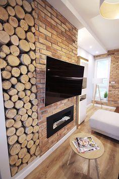 Fireplace, Bio-fireplace in loft duplex apartment. Biofireplace, bricks, brickfinish, tv area. Kominek, biokominek w dwupoziomowym mieszkaniu. Biokominek wykończony prawdziwa cegłą nad którym został zamontowany telewizor. Duplex Apartment, Apartment Projects, Wood Work, Brick, Loft, Woodworking, Fire, Gardening, Living Room