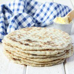 3-minuters tunnbröd | Tidningen Hembakat Bread Recipes, New Recipes, Swedish Recipes, Fika, Freshly Baked, Bread Baking, Baked Goods, Bakery, Brunch