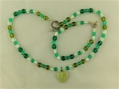 Shades of Green Heart 2 Piece Jewellery Set £27.50