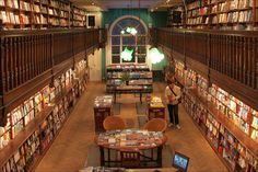 Daunt Books | As a writer, it'd be tough to pass by this magnificent Edwardian bookshop.