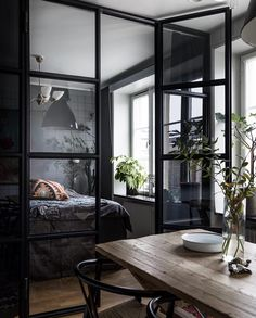 "173 Synes godt om, 6 kommentarer – Josefin Godén (@fouremptywalls) på Instagram: ""Bedroom corner @historiskahem #bedroom #bed #sovrum #inspiration #inspo #interior #interiors…"""