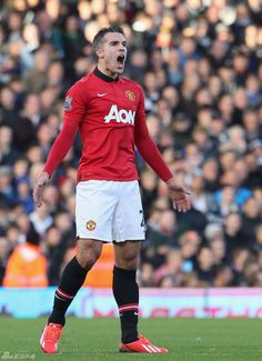 #EPL Round 10 : #Fulham 1-3 #ManUtd.  He created one, assist one, and scored one. He is #RVP, a Dutchman who socred the most goals in #EPL history with 128 goals.   We led 3-0 in the first 30minutes, but lost control in the second half. Something wrong!  #GGMU