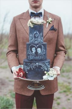 Chalkboard grooms wedding cake ideas. Captured By: Hazelwood Photo #weddingchicks http://www.weddingchicks.com/2014/06/18/give-the-groom-a-real-cake/