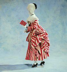 Robe à la Polonaise 1780s The Kyoto Costume Institute