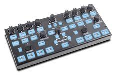 Der CTRL von DJ-Tech ist ein Zusatzcontroller für z.b. Serato DJ oder Traktor Scratch Pro.