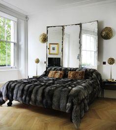 Эффектный способ украсить спальню.
