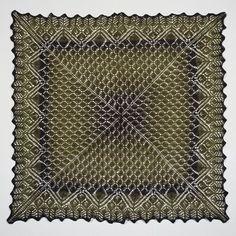 Filigran Shawl Saphir Pattern, 2 knotten a 600m, 3,5-4mm, €15,75,