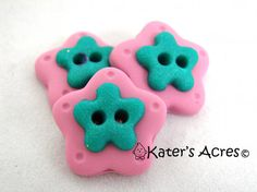 Pink FLOWER Polymer Clay BUTTONS  Set of 3 in Light Pink with Green by KatersAcres, $3.75