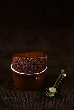 Soufflé au chocolat classique et tous les conseils pour le réussir