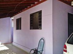 Izildo imóveis, vende a vista ou financiada, casa  2 dormitórios com edícula, quintal e escritura definitiva. Corretor avaliador de imóveis, Izildo Aro