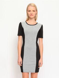 Φόρεμα με print στο μπροστινό μέρος.  Χρώμα: Μαύρο. Dresses For Work, Fashion, Models, Tall Clothing, Moda, Fashion Styles, Fashion Illustrations