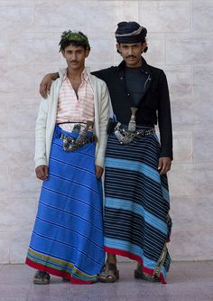 Flower Men from Asir - Saudi Arabia by Eric Lafforgue on Flickr - The flower men live in Yemen and Saudi Arabia. They wear a headdress made with fresh flowers and grasses. They still live in a very tribal way, and do not like to meet foreigners