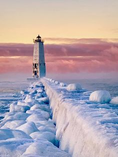 Morning Sunrise in Frankfort❄️☀️❄️ State Of Michigan, Lake Michigan, Great Places, Places To Go, Beacon Of Light, Morning Sunrise, Winter Beauty, True Beauty, Us Travel