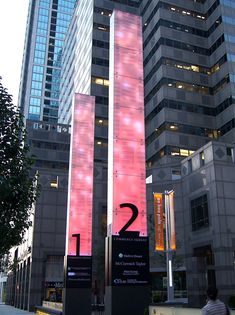 Signage Design, Facade Design, Pylon Sign, Drawing Classes, Wayfinding Signs, Sign System, Exterior Signage, Totems, Architecture