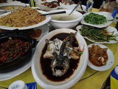 a restaurant in Nanchang; 饭店 在南昌