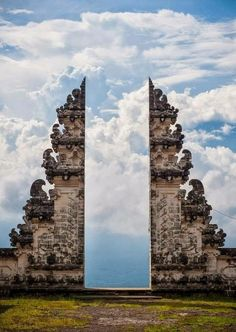 Heaven's Gate, Pura Lempuyang Door, Bali, Indonesia. Don't forget when traveling that electronic pickpockets are everywhere. Always stay protected with an Rfid Blocking travel wallet. https://igogeer.com for more information. #igogeer