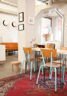 Taartjes, koffie en een cool interieur @ Betty Blue