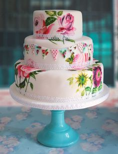How To Have Your Cake & Eat It – Expert Wedding Cake Advice From Little Book For Brides® Members | Love My Dress® UK Wedding Blog