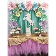 Sarahi's 10 th Unicorn Themed Birthday Party, Unicorn Birthday Parties, Birthday Party Decorations, Girl Birthday, Unicorn Party Decor, Birthday Ideas, 10th Birthday, Party Kulissen, Party Ideas