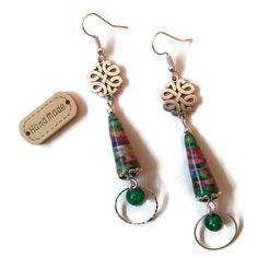 Boucles d'Oreilles Noeuds Chinois Porte Bonheur Perles Artisanales Perles en Papier Perles en Verre Multicolores Vertes : Boucles d'oreille par cap-and-pap