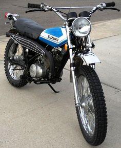 """My High School Suzuki Sierra. A """"dual sport"""" street/trail bike. Suzuki Bikes, Moto Suzuki, Suzuki Cafe Racer, Cafe Racers, Enduro Vintage, Vintage Bikes, Vintage Motorcycles, Moto Scrambler, Enduro Motorcycle"""