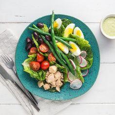 Sperziebonen met zalm | Koolhydraatarm | Makkelijk Afvallen Keto Tuna Salad, Tuna Nicoise Salad, Cobb Salad, Green Beans, Vegetables, Food, Salad, Seeds, Essen