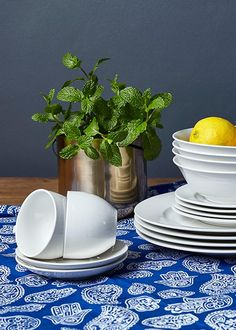 Simple & sophisticated. Dress this classic 20 piece crockery set to into a dinner to remember or keep it simple and relaxed. Pop a  plant or  fresh herbs into the gold hanging planter and you're ready to serve. Crockery Set, Sophisticated Dress, Dinner Sets, Keep It Simple, Hanging Planters, Fresh Herbs, Lunch, Plates, Pop