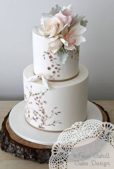 Faye Cahill Cake Design ~ Gorgeous as always. Bolo Floral, Floral Cake, Beautiful Wedding Cakes, Gorgeous Cakes, Amazing Cakes, Cute Cakes, Pretty Cakes, Hand Painted Cakes, Gateaux Cake