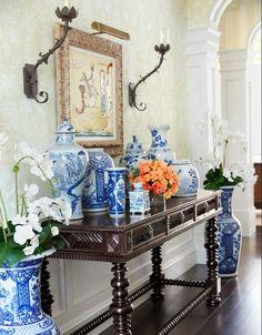 intérieur idée style colonial entrée déco vases