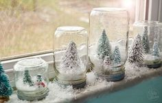 Easy Waterless Snow Globes—such fun to do with kids. (Tidy Mom)