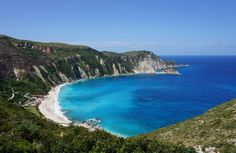 7 mooiste stranden van Kefalonia Places In Greece, Beach, Water, Net, Outdoor, Beautiful, Water Water, Outdoors, Aqua