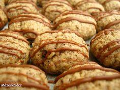 Mézeskalács konyha: Kávés keksz Hungarian Desserts, Small Cake, Healthy Sweets, Sweet And Salty, Pavlova, Cake Cookies, Sweet Recipes, Food To Make, Bakery