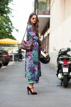 Street Style, Hair Streets, Runway, Heels, Kimono, Silk Robe. Blogger. Fashion