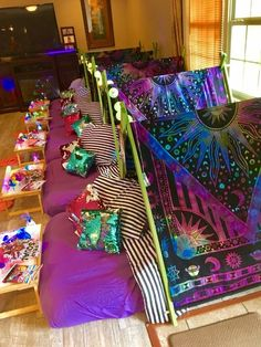 Birthday Sleepover Ideas, Sleepover Room, Sleepover Birthday Parties, Birthday Party For Teens, Unicorn Birthday Parties, Photos Folles, Teepee Party, Ideas Geniales, Party Ideas