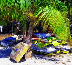 Beached Boats In St Maarten | Love's Photo Album