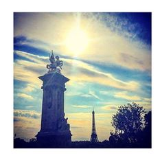 #love #paris #pontalexandre #mondaymood #instamood #parismood #borboleta_official