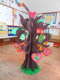 """dia s. Valentim - árvore dos sentimentos """"o que gosto """"(identidade)"""