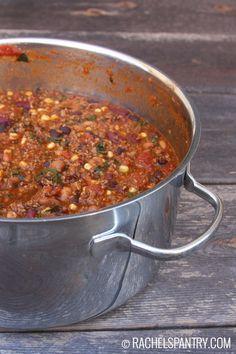 Chunky Bean and Ground Beef Chili Recipe