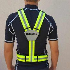 reflectyo-laufguertel-reflektorband-laufgurt-joggen-laufen-warnweste Fashion, Bicycling, Keep Running, Kleding, Moda, Fashion Styles, Fashion Illustrations