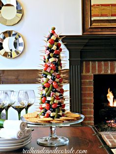 Appetizer Tree, 20 Easy Party Appetizers via Refresh Restyle christmas food party Finger Food Appetizers, Holiday Appetizers, Holiday Treats, Christmas Treats, Holiday Parties, Holiday Recipes, Christmas Holidays, Appetizer Ideas, Christmas Recipes