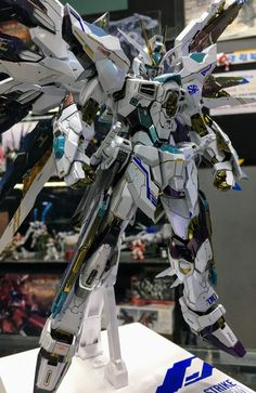 www.pointnet.com.hk - 配色唔錯!! 龍桃子版 MB 1/100 Strike Freedom Gundam ver. Imperial Jade