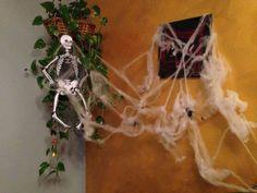 Happy Halloween, Halloween Party, Vampire, Plant Hanger, Post, Wordpress, Diy, Snacks, Home Decor
