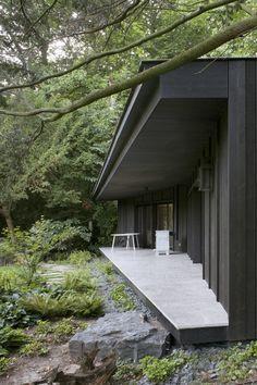 a m garden pavilion renaix vers.a m garden pavilion renaix Amazing Architecture, Interior Architecture, Garden Pavilion, Garden Design, House Design, Forest House, Exterior Design, Villa, Backyard