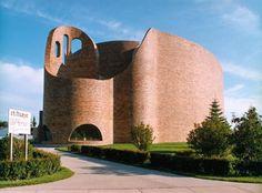 Douglas J Cardinal, St. Red Deer Alberta, Brick Images, Modern Church, Church Building, Unique Architecture, Roman Catholic, Catholic Churches, Old Buildings, Canada Travel