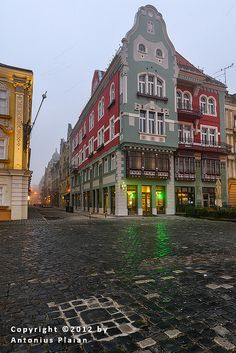 Timisoara - Brück House Shadowrun, Homeland, Continents, Great Places, Countries, Cities, Sketch, Mansions, Photo And Video