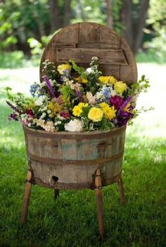 Old Rustic Barrel Planter.stuffed with flowers. For my dream garden. Rustic Gardens, Outdoor Gardens, Outdoor Sheds, Garden Planters, Garden Art, Flower Planters, Garden Whimsy, Garden Junk, Garden Cottage