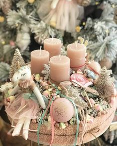 Christmas ideas Christmas Advent Wreath, Christmas Tabletop, Christmas Candles, Pink Christmas, Christmas Countdown, All Things Christmas, Vintage Christmas, Christmas Time, Christmas Crafts