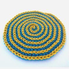 Kreisrunden Spiral Untersetzer häkeln Beitragsbild
