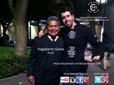Con Dagoberto Gama (actor) y nuestra Nuez Garapiñada con Bacanora por CMS!!! buena vibra!!! #chefcms #DagobertoGama #actor #elinfierno #ladictaduraperfecta #pastorela #nuezgarapiñadaconbacanoraporcms #cenart #estudioschurubusco #cdmx #mexicocity