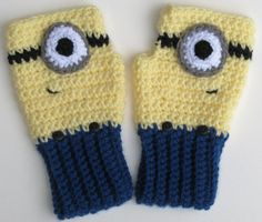 Despicable Me Minion Fingerless Mitts Crocheted by Xasper8ing